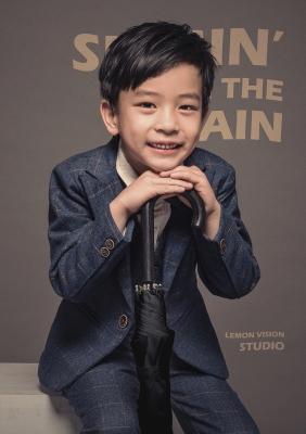 雨中曲——柠檬摄影宝宝照内景新片