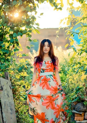【你是我伤口上盛开的花】--爱琴海婚纱摄影