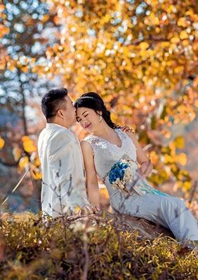 【片片枫叶情】-----爱琴海婚纱摄影客片